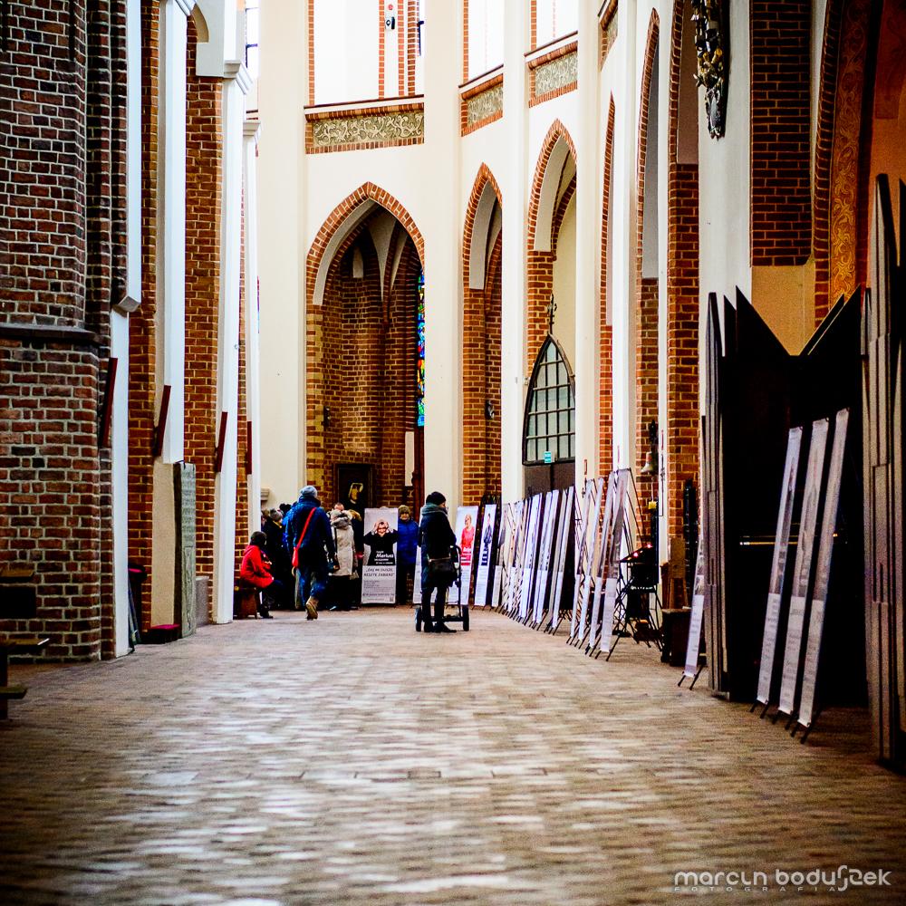 Fotorelacja z wystawy KONSEKROWANI 2015 w Katedrze św. Jakuba w Szczecinie, autor Marcin Boduszek